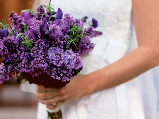 Symbolic meanings of wedding flowers