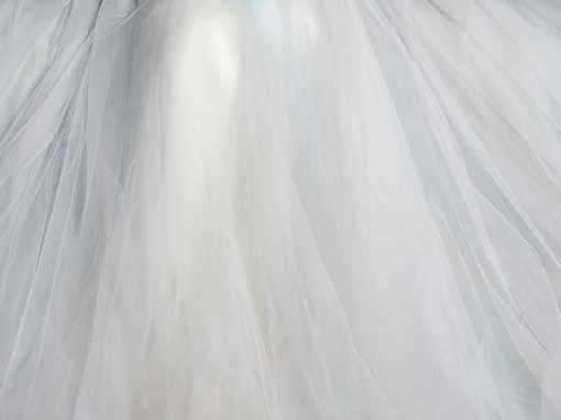 Brides say 'YES' to a rented or second-hand wedding dress